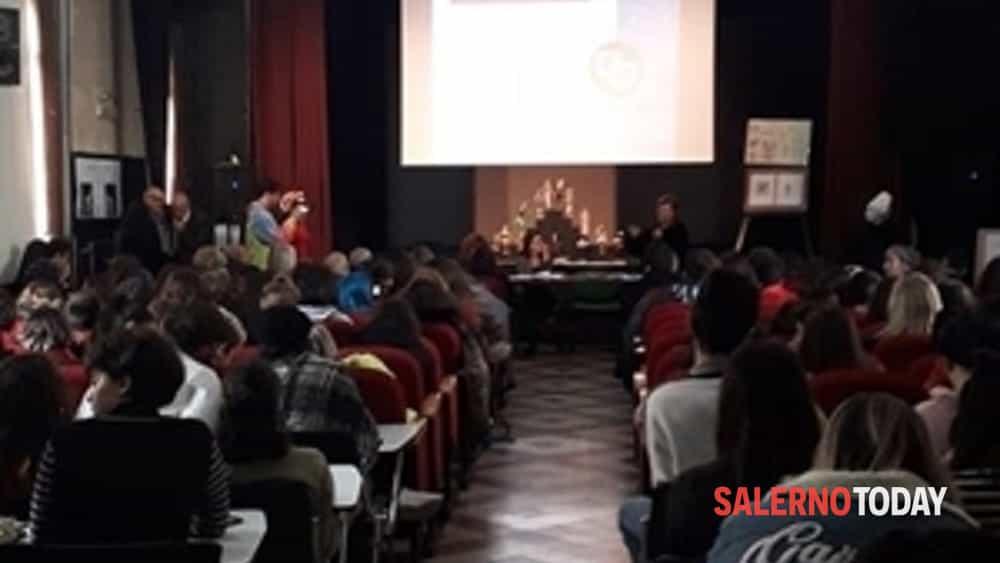sperimentazione teatro al liceo artistico di salerno-2