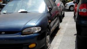 cimitero auto senza targa via palinuro mercatello-2