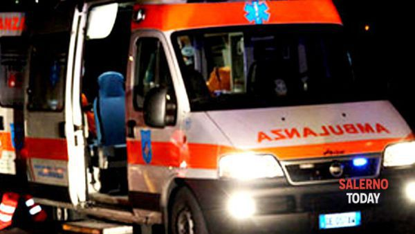 Incidente a Nocera: automobilista in ospedale, auto ribaltata
