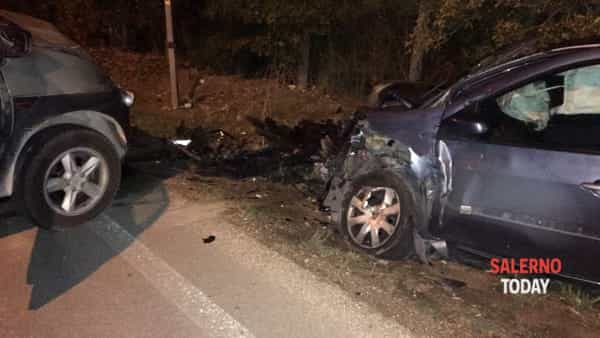 Foce Sele, incidente stradale