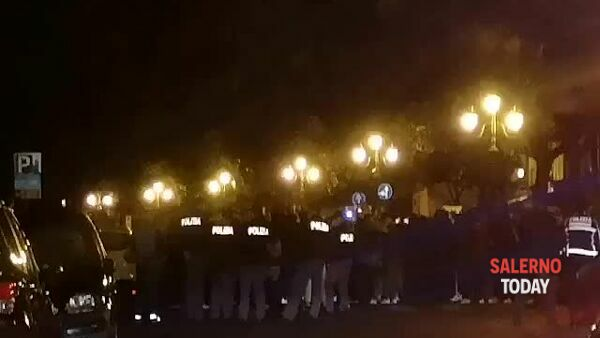 VIDEO | Protesta contro il lockdown in via Roma