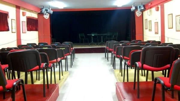 """Si alza il sipario a """"La Mennola"""": saggio di laboratorio teatrale"""