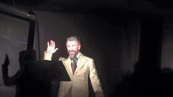 """Al teatro Mascheranova di Pontecagnano in scena """"Io e te"""""""