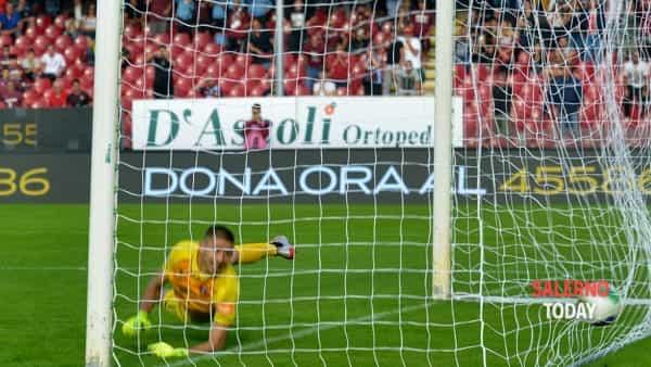 calcio di rigore gol salernitana-perugia-2