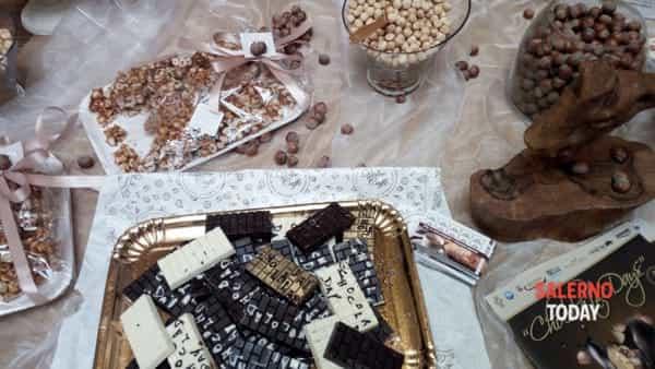 Vegano, con la nocciola, a forma di uovo: i giorni del cioccolato a Salerno