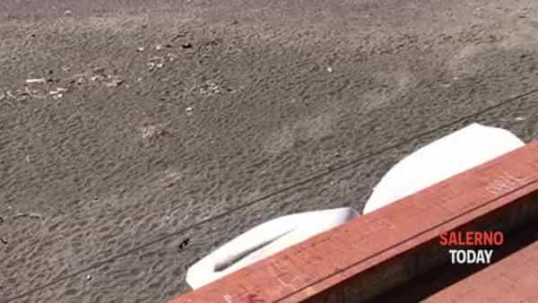 Coronavirus, prendono il sole a Pastena: allontanati da un elicottero