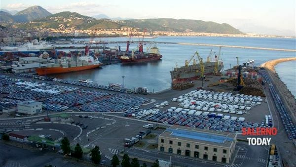 Sviluppo del porto: il Comune di Salerno fissato l ...