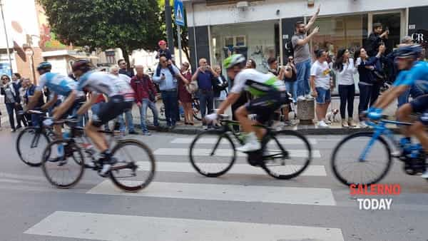 Il Giro d'Italia a Salerno - foto Antonio Libutti (2)-2