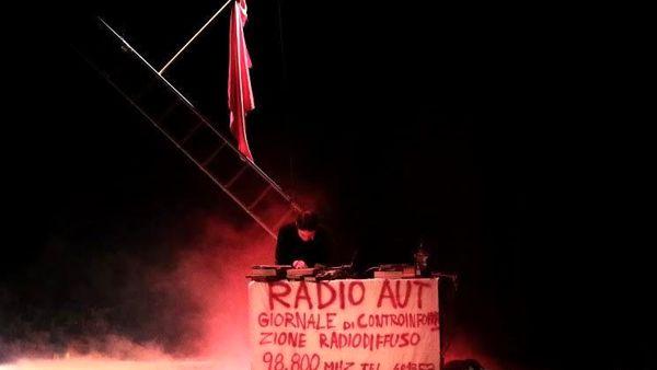 """""""Radio Aut – la voce di Peppino Impastato"""" in scena al Genovesi di Salerno"""