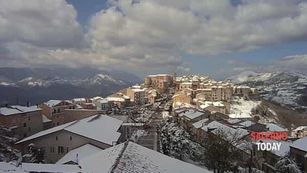 Neve d'aprile in provincia di Salerno: il video