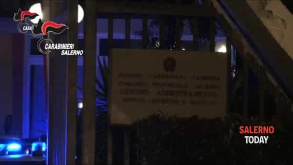 Furto a Positano, il ladro entra in azione: ecco il video