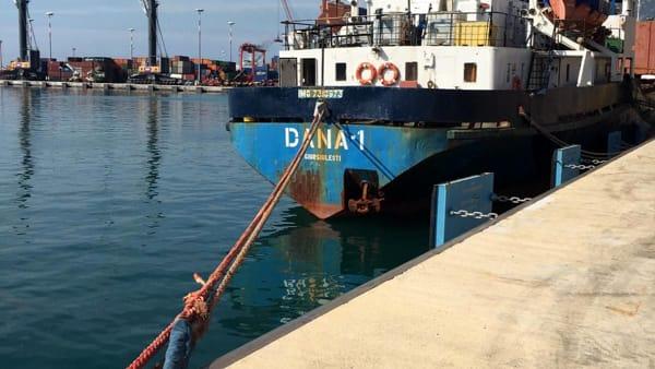 nave moldava-2
