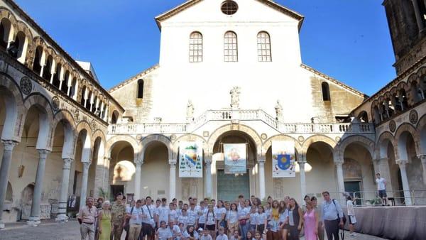 2. I bambini dell'associazione nel Duomo di Salerno-2