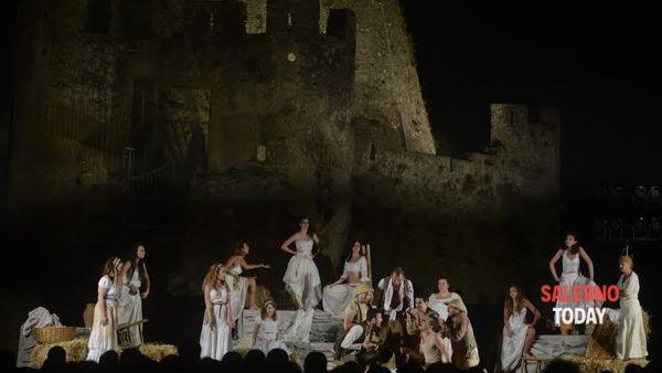 Torna il Velia Teatro al Parco archeologico di Elea-Velia