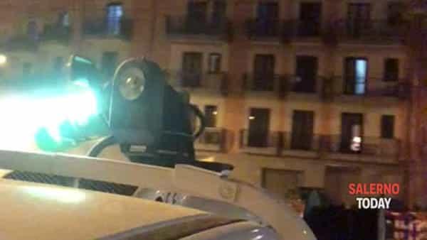 Coronavirus, disinfestazione notturna sui rioni collinari di Salerno: ecco il video