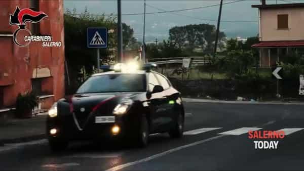 La rapina al negozio di cinesi a Nocera: ecco il video