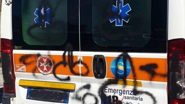 Vandali ambulanza 3-2