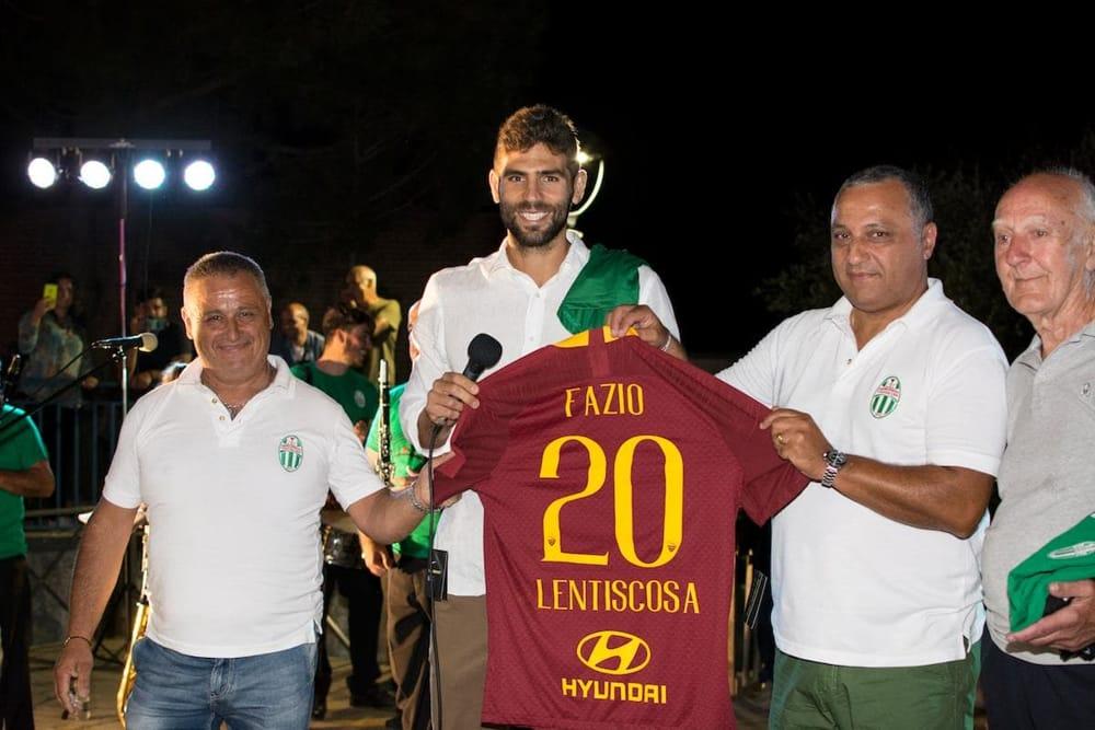 Federico Fazio è cittadino onorario di Camerota: l'abbraccio di ...