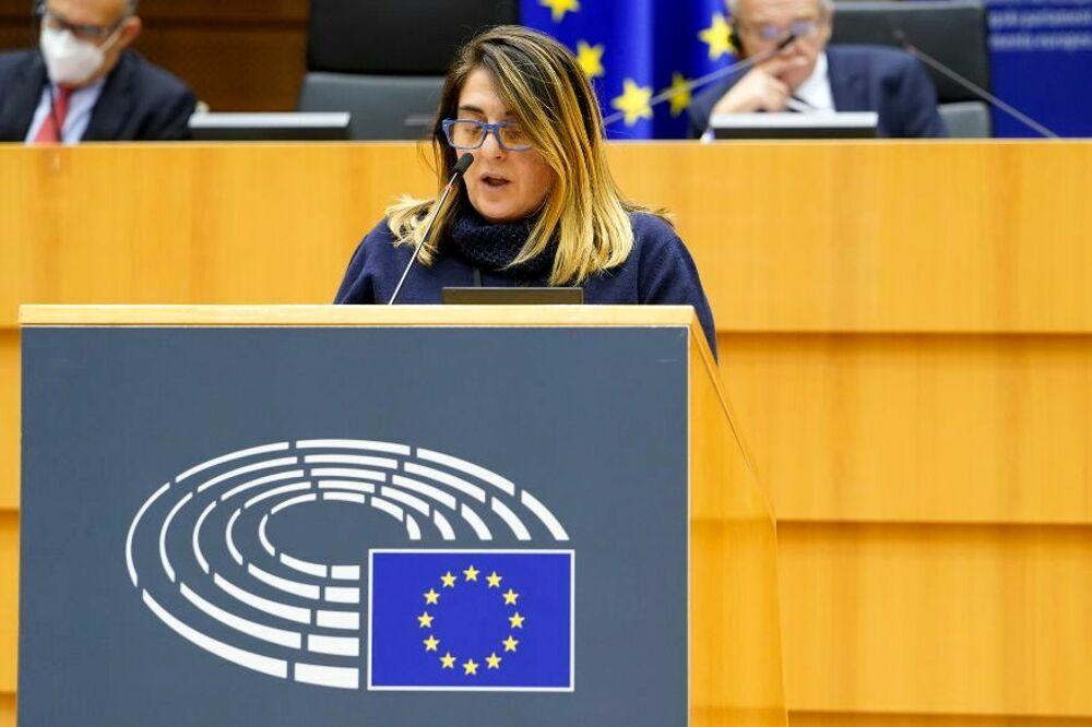 Parlamento europeo: la deputata salernitana Lucia Vuolo aderisce al Ppe